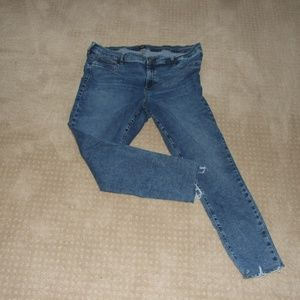 Gap Favorite Jeggings Jeans W/Frayed Hem Size 35